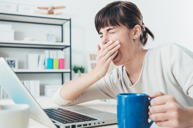 5 Tips Mengatasi Rasa Kantuk di Kantor