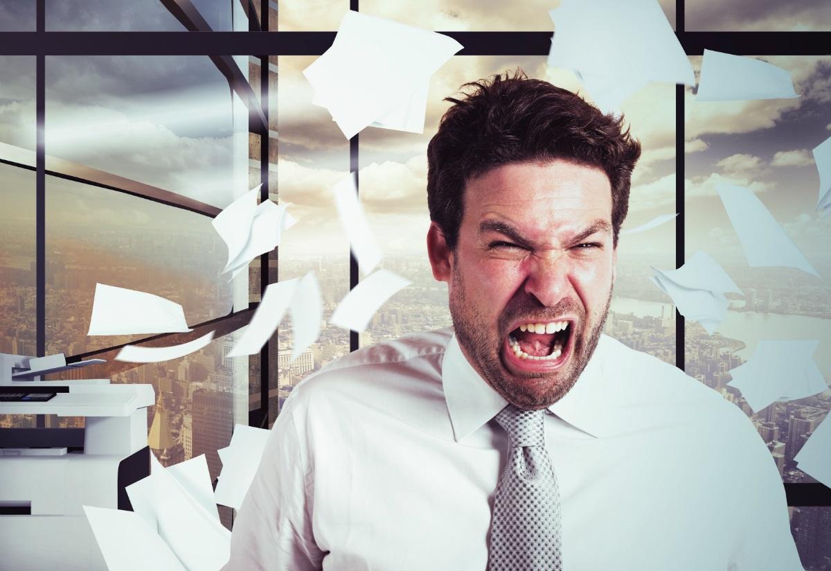 5 Tips Mudah Mengelola Emosi di Kantor