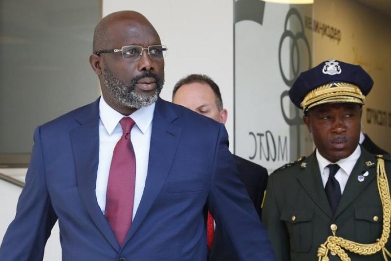 Ada Ular, Presiden Liberia Pilih Tinggalkan Kantor