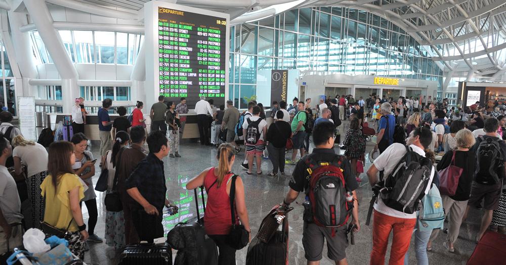 Aktivitas Gunung Barujari Meningkat, Penutupan Bandara I Gusti Ngurah Rai Diperpanjang