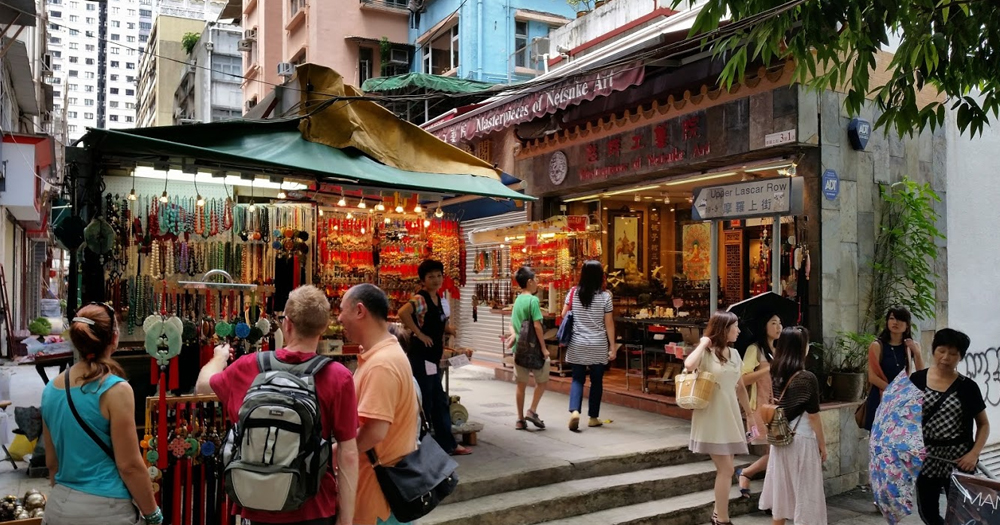 Berburu Barang Antik di Cat Steet Hong Kong