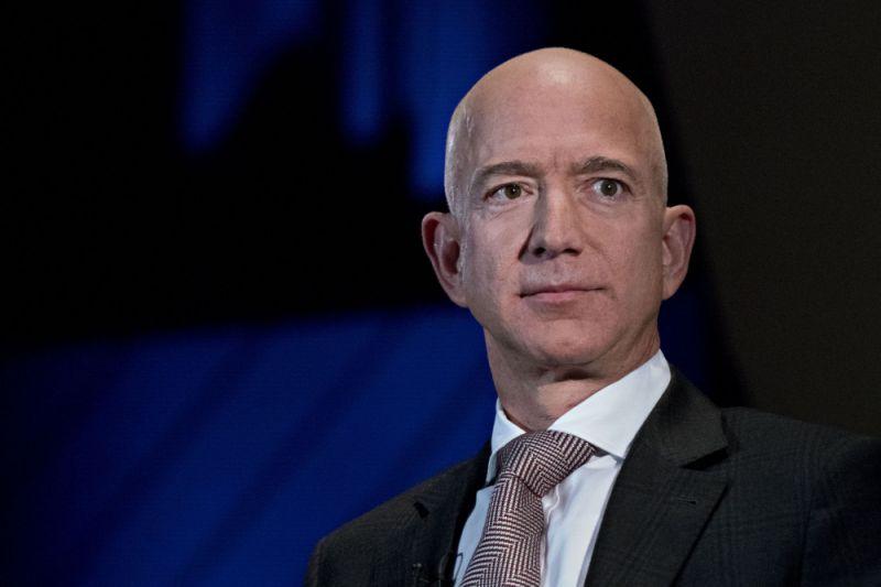 Bos Amazon Bangun Pundi-pundi Kekayaannya Juga Dari Bisnis Real Estate
