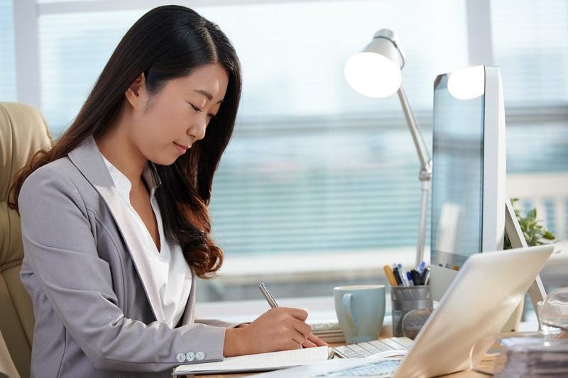 Cara Mengatur Waktu Agar Anda Tidak Perlu Lembur Di Kantor