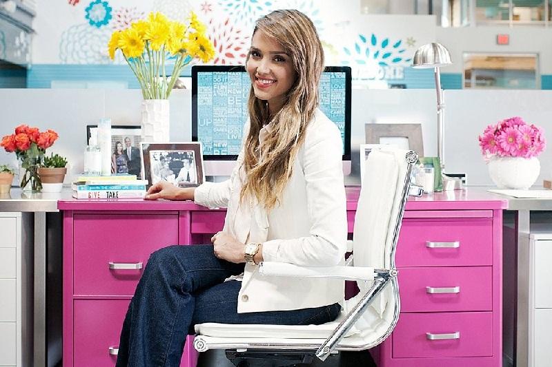Ide Dekorasi Meja Kantor Supaya Lebih Kreatif Dalam Bekerja