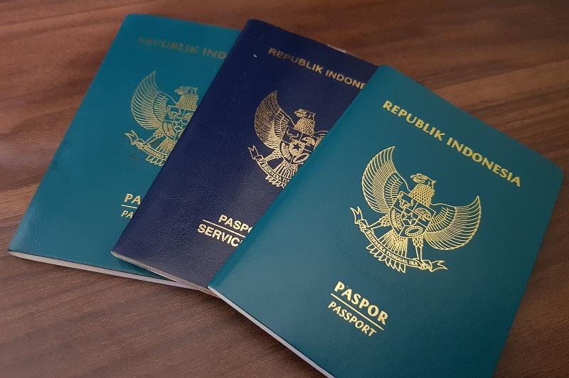 Imigrasi Hapus Denda Paspor Rusak Karena Banjir