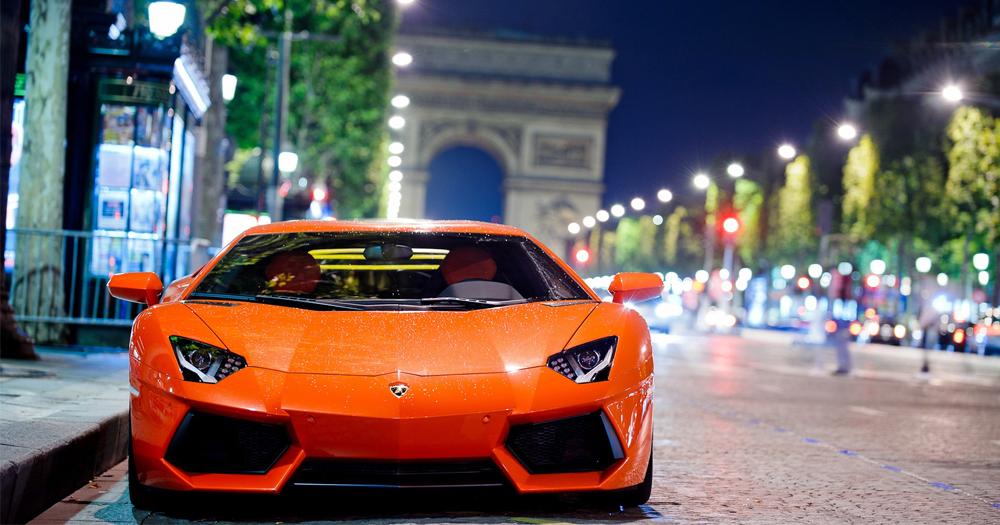 Ingin Naik Lamborghini dari Grab Taxi? Ini Caranya