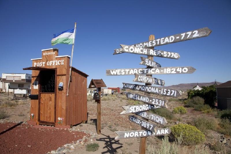 Inilah 7 Kantor Pos Paling Unik di Dunia