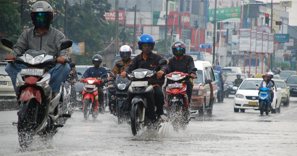 Jangan Asal Pilih Dalam Membeli jas hujan