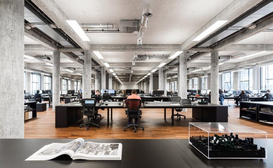 KAAN Architecten Memugar Bangunan Tua Menjadi Kantor Baru