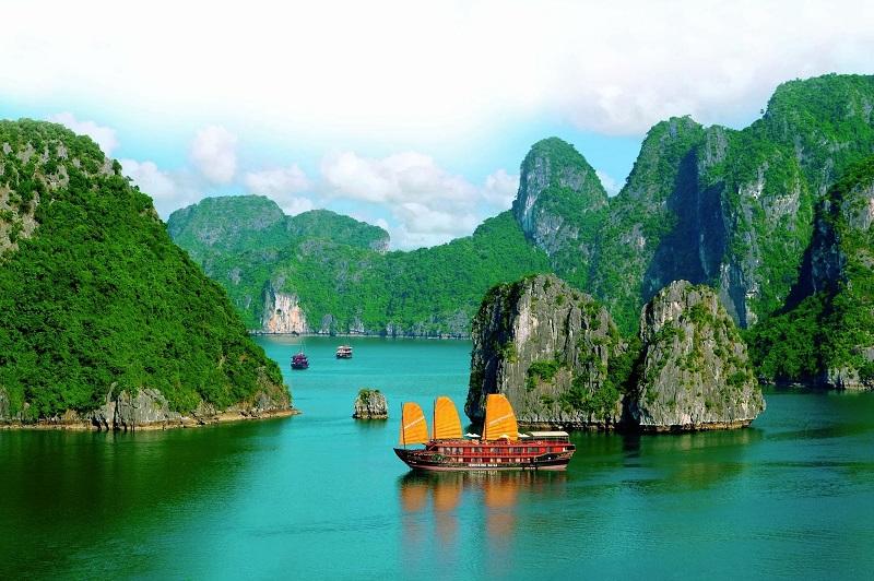 Kasus Covid-19 Menurun di Vietnam, Namun Pariwisata Makin Lesu