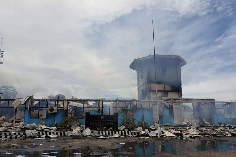 Ruang Kantor Bandara Nabire Papua Kebakaran