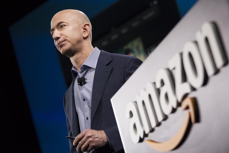 Ruang Kantor Bos Amazon Tahan Senapan Mesin