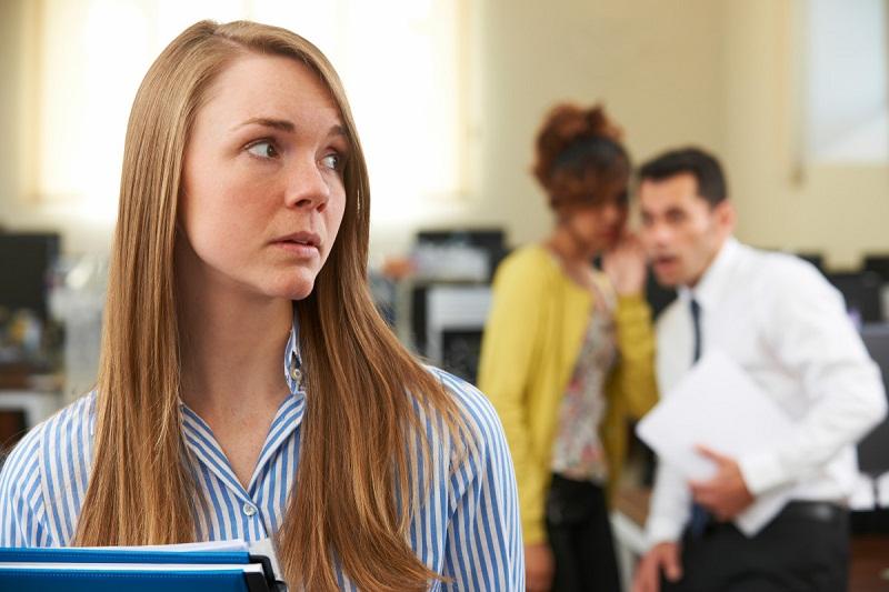 Susah Punya Teman di Kantor karena Introvert, Coba Tips Berikut