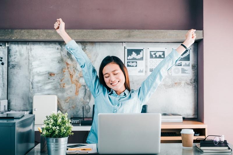 Tips Menambah Energi di Kantor Saat Siang Hari