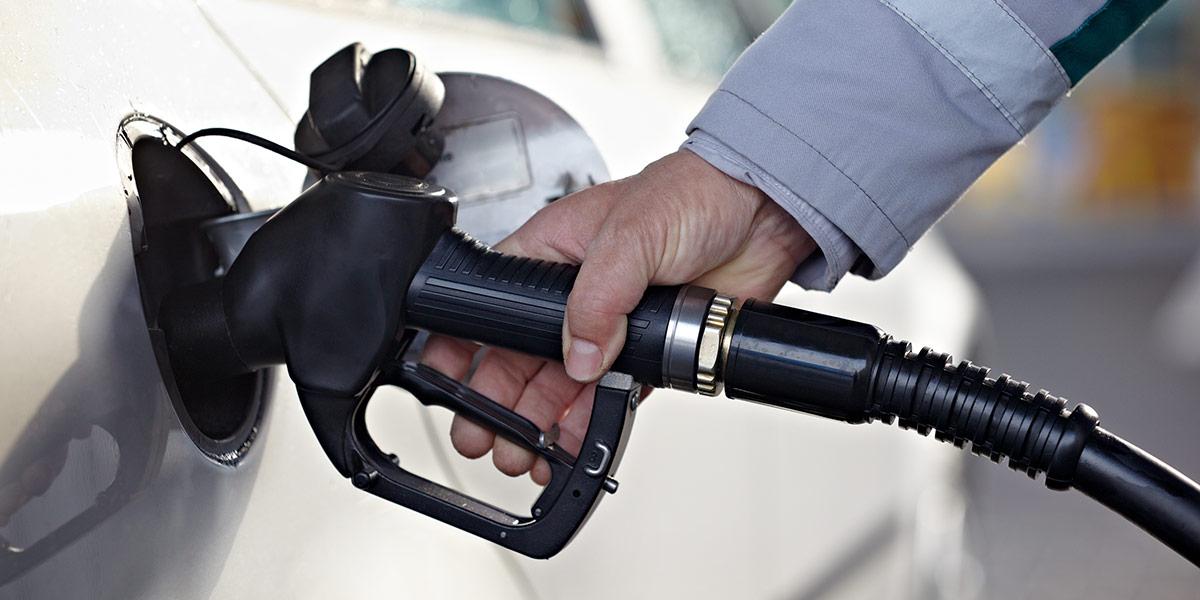 Tips dan Cara Sederhana Menghemat BBM Mobil
