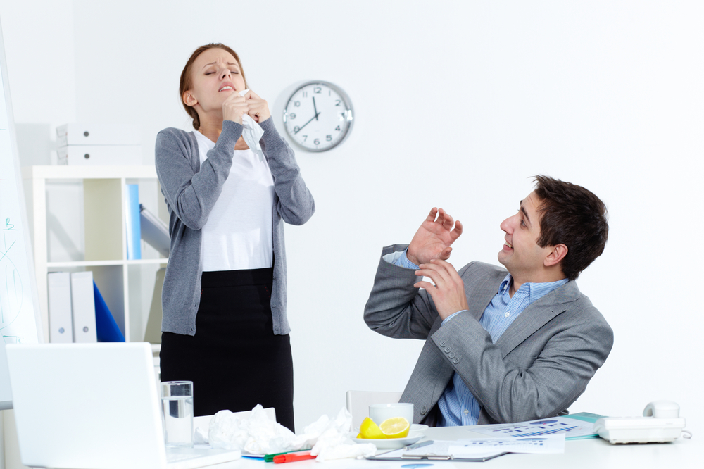 Teman Kantor Sedang Flu, Lakukan Hal Ini Agar Tak Tertular