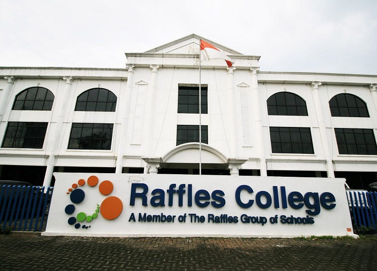 Raffles-College-Kebon-Jeruk.jpg